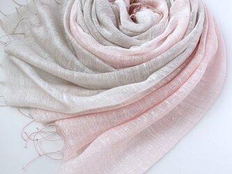 艶めく大判シルク*薄桜色×潤色*ストールの画像