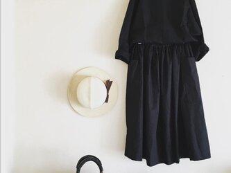 コットン100シンプルブラウス(黒)の画像