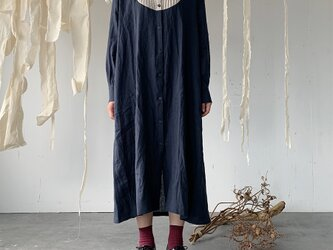 linen bosom one-piece[French linen  navy]の画像