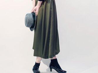 サテン風 カーキ ロングスカート ●ANNETTE-OLIVE●の画像