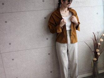 秋色キャメルコーデュロイ ゆったりドルマンシャツの画像