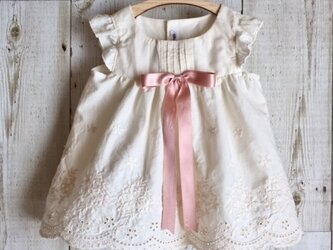 ダッフィーサイズのお洋服 アンティーク風ドレス(リボン16mm)の画像