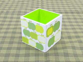 りんごのペン立て(水玉・鶸-ひわ-)の画像