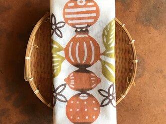 植物染料染め手ぬぐい 柑橘づくしの画像