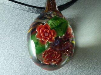 バラ一輪NO.2(ガラス、花、ペンダント)の画像