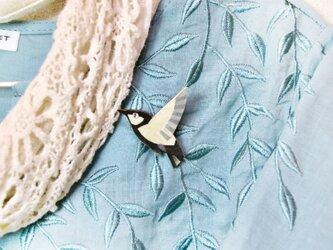 【和紙貼り絵アクセサリー】-しじゅうからブローチの画像