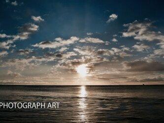 SEA W003   海 日の出 希望 光 青色 の画像