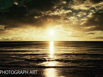 SEA W007   海 太陽 SUN  浜辺 黒 ブラック 黄色  エナジー ENERGYの画像