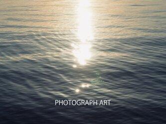 EPHEMERAL W008  BRILLIANCE   輝き  SEA  海   LIGHT  光 LIFE  生命  儚さの画像