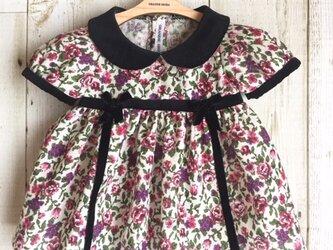ダッフィーサイズのお洋服 小花ワンピース(ゴブラン織り風)の画像