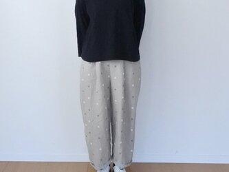 水玉刺繍リネンのパンツ ※生成りリネンの画像