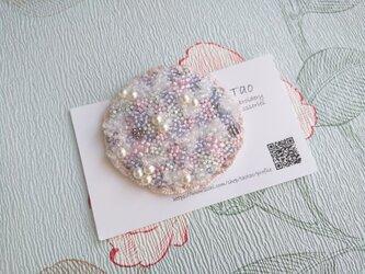 刺繍ブローチ fluffy の画像