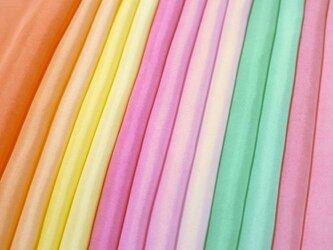 (S)正絹 胴裏 手染め13枚 はぎれセット カラフル・晴れ着向き・七五三髪飾り つまみ細工用布・吊るし飾りにの画像