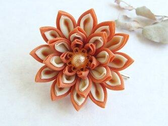 <送料無料>つまみ細工 お花のポニーフック オレンジの画像