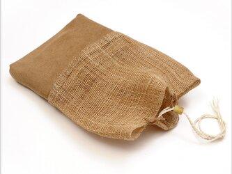 かやの手織りの袋もの 麻の重ねの画像