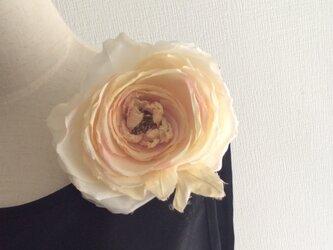 布花 大きな薔薇のコサージュ No. 181の画像