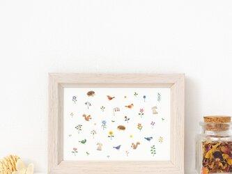 """絵のある暮らし。額装アートプリント """"動物たちと花と草"""" FAPR-L32の画像"""