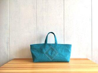 《sale》刺繍入り横長くったり鞄 ターコイズブルーの画像
