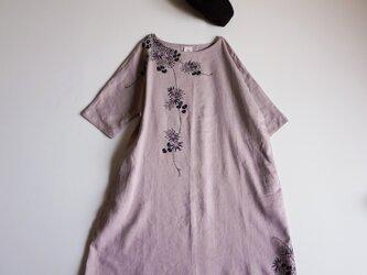 リネン・ワンピース くすみピンク <海中植物>の画像