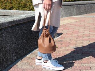 綺麗なシルエットの巾着バッグ ミニマム 本革 オーク アースカラーma-02ssの画像