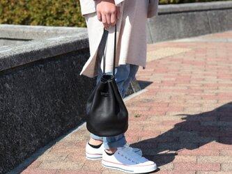 綺麗なシルエットの巾着バッグ ミニマム 本革 ブラックma-02ssの画像