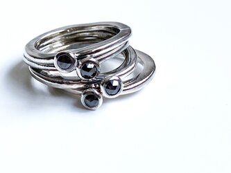 four stacked silver rings with rose cut black diamond  #10-11の画像