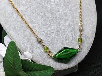 ランプワーク      深緑のネックレスの画像