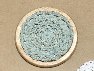 ☘️木製コースター*(モスグリーン)*花コットン 1枚の画像