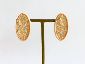 キンモクセイの耳飾りの画像