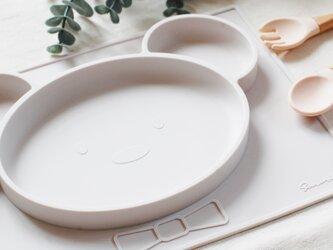 NEW!くまさん型 シリコン製オールインワンプレート 出産祝い マットとお皿が一体化したひっくり返らない 食器 ベビー&キッズの画像