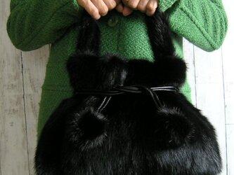¶ リアルファー ¶ ブラックミンクファー巾着ハンドバッグの画像