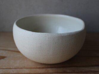 顔料赤  育てるウツワ 揺ら ボウル(地器chiki)白 陶土の画像