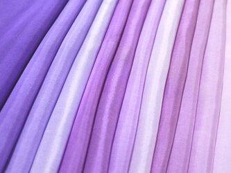 (K)正絹 胴裏 手染め12枚 はぎれセット 紫系(すみれ色・赤紫・牡丹色) ★ つまみ細工用布・吊るし飾りや手芸の材料にの画像