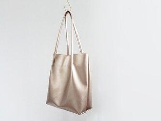 シルバーPUレザートートバッグ<シャンパンゴールド>の画像