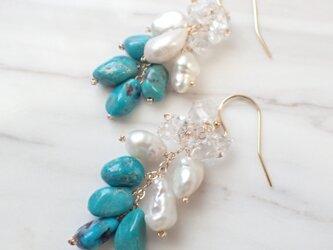 K14GF natural turquoise, pearl,quartz pierceの画像