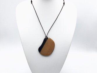 天然木製ネックレス ソラマメの画像