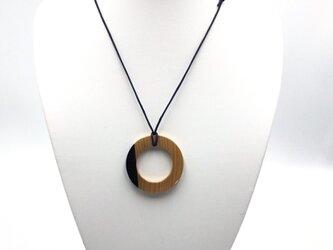 天然木製ネックレス 円まどかの画像