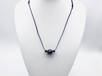 藍染木玉 ネックレス3粒の画像