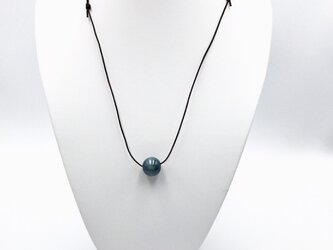 藍染木玉ネックレス 1粒の画像