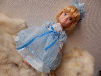 ディズニートドラードール用(背丈35cm)淡いブルーのドレスとヘアアクセの画像
