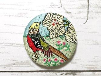 手刺繍日本画ブローチ*幸野楳嶺「楳嶺花鳥画譜 黄蜀葵・錦鶏」よりの画像