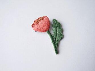 [受注制作]おすまし お花一輪の刺繍ブローチ(salmon pink)の画像