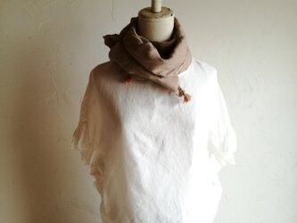 草木染め 綾織リネン100%ストール 薄木色 の画像