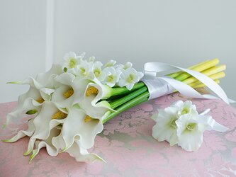 【ブートニア付き】カラーとデンファレのアームブーケ アーティフィシャルフラワー 前撮り 海外ロケフォト サプライズ 造花 の画像