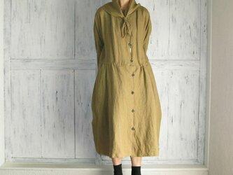 リネンスカーフ付け襟ワンピースの画像