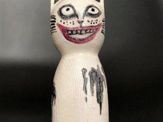 木彫りの怖~い猫 ハロウィンの画像