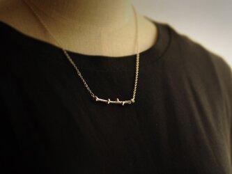 唐松の小枝ネックレス(横)の画像
