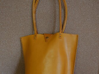 本革手縫いレザートートバッグの画像