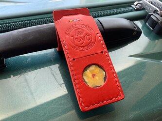 スーツケースが見つけやすい目印ネームタグ  レッド トラベル革小物 ラッピング可の画像