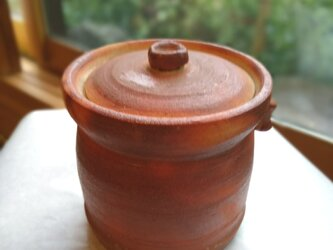 火襷(ひだすき)ツボ 壺 蓋つき 信楽  花器・花瓶・陶器 1点ものの画像